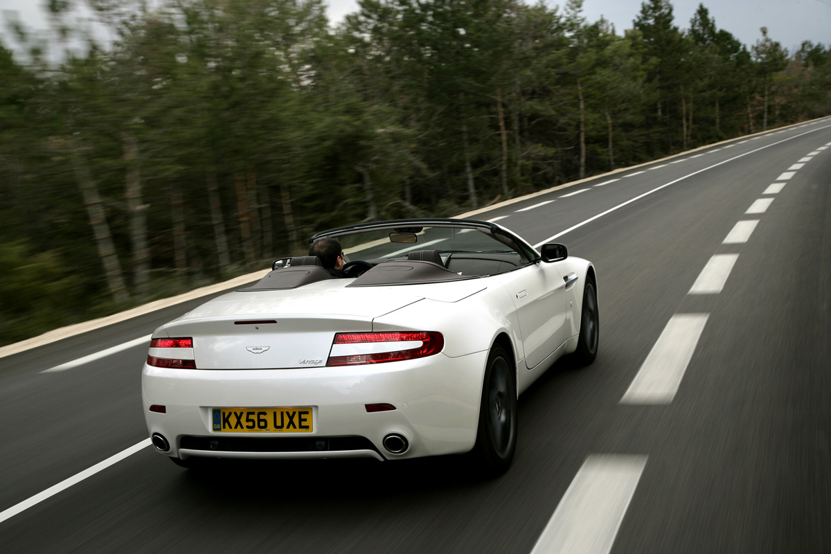 Aston Martin V8 Vantage White Top ride