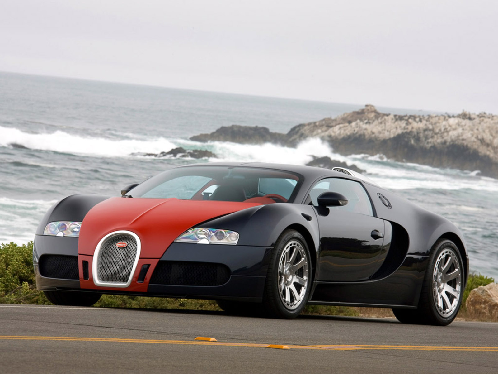 bugatti veyron pictures specs price engine top speed. Black Bedroom Furniture Sets. Home Design Ideas