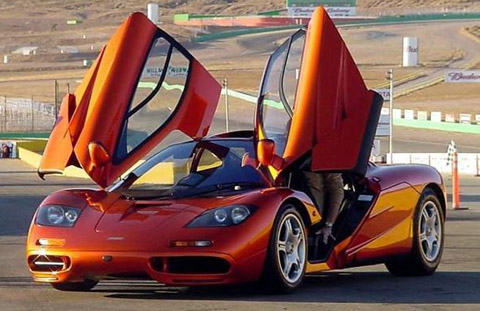 McLaren F1 doors open