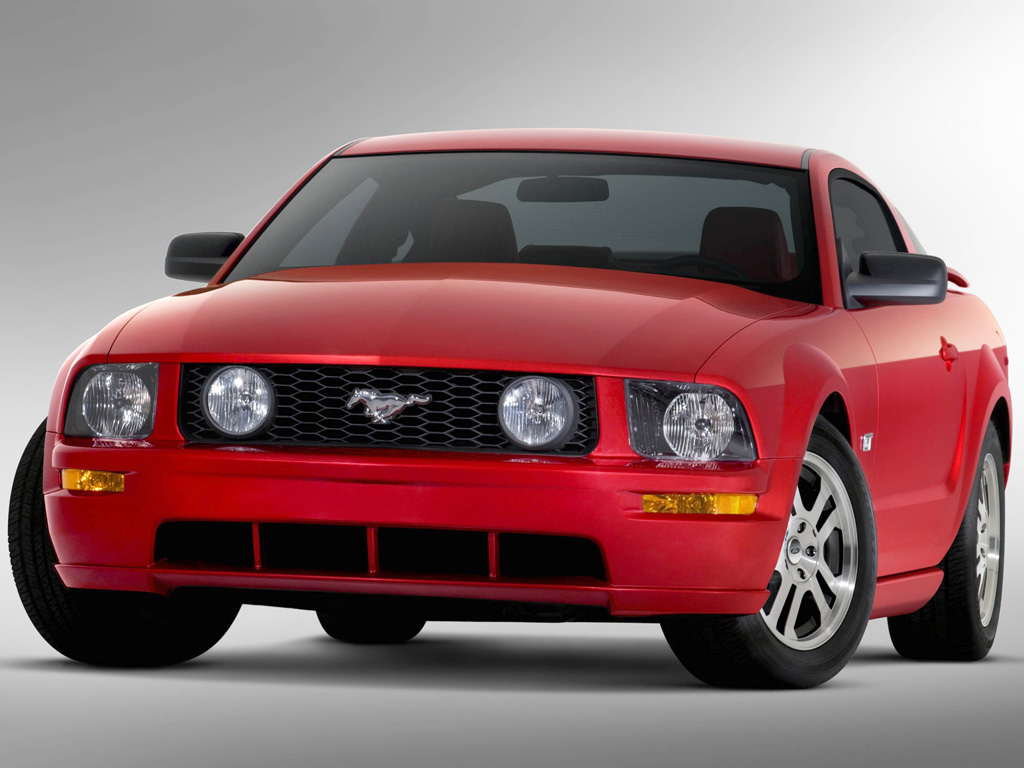 Ford Mustang GT Deluxe 2006.