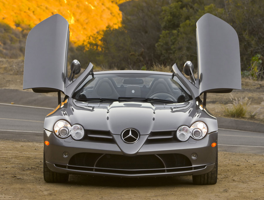 Mercedes-Benz SLR McLaren Roadster Specs, Price & Engine Review