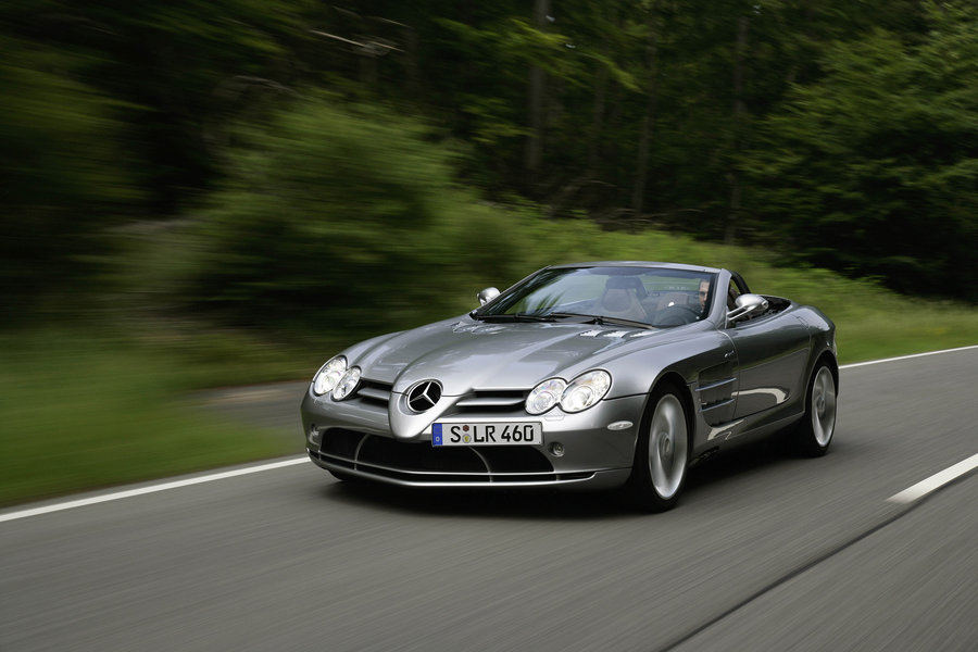 Exceptional Mercedes Benz SLR McLaren Roadster Front View On The Road