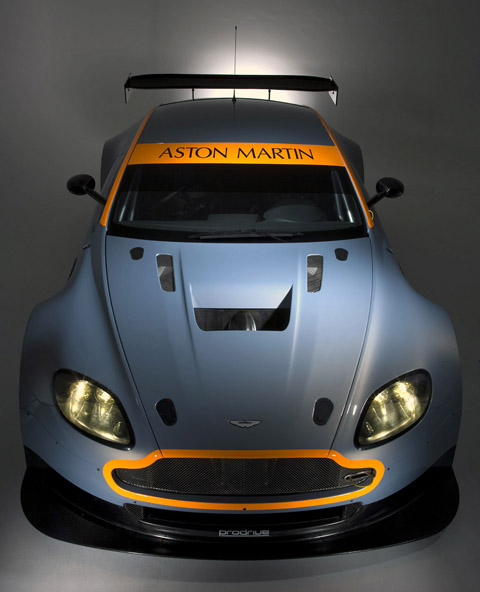 Aston Martin Vantage GT2 Pictures & Review
