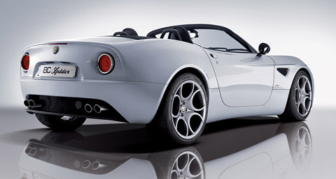 Alfa Romeo 8C Spider side view