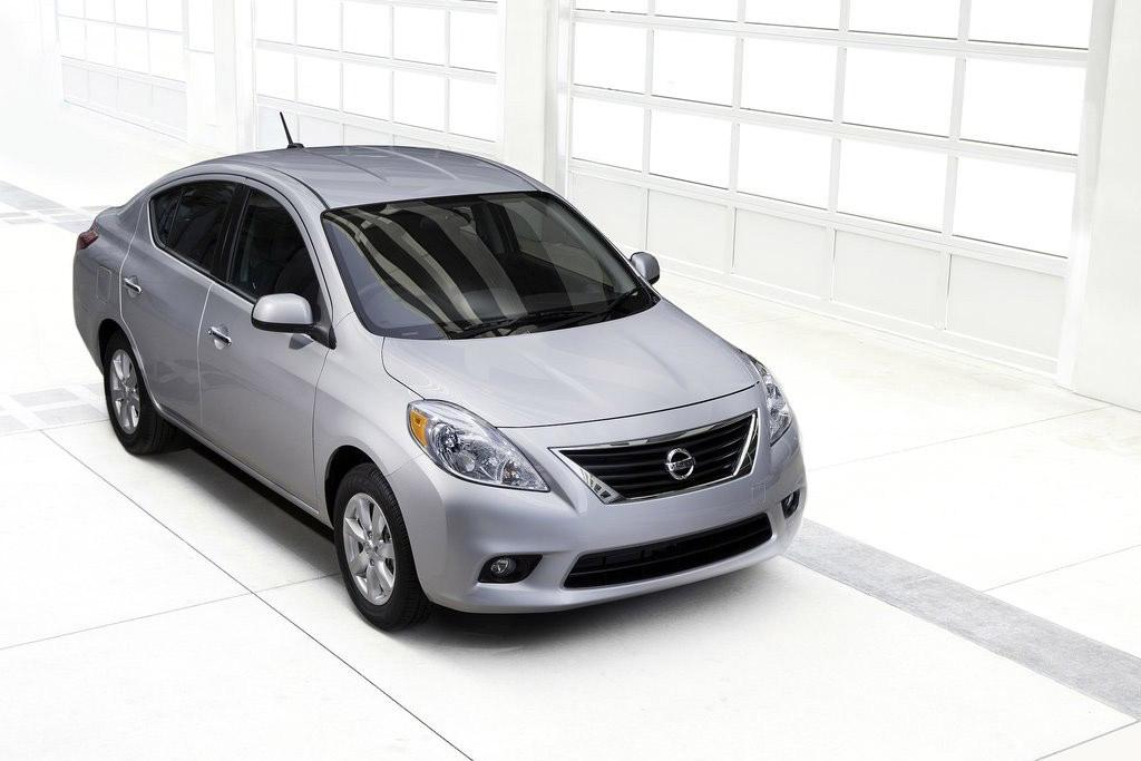 best gas mileage non hybrid cars 2015 autos post. Black Bedroom Furniture Sets. Home Design Ideas