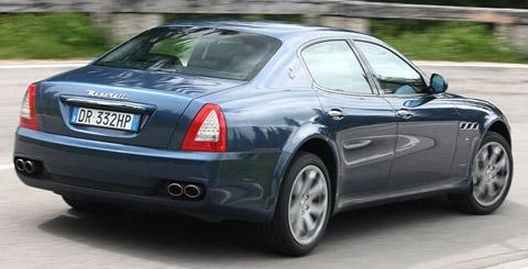 Maserati Quattroporte back view