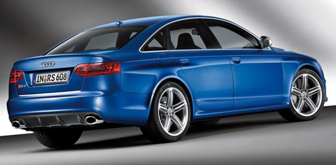 2009 Audi RS6 blue back view