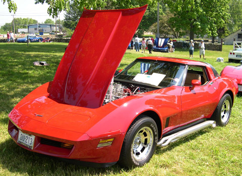 "Chevrolet Corvette C3 red made on ""the last day"" in 1981"