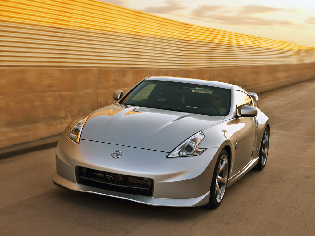 2010 nissan nismo 370z specs pictures engine review. Black Bedroom Furniture Sets. Home Design Ideas
