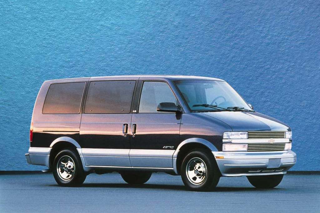 The rear-wheel drive minivan Chevrolet Astro was introduced in 1985 but it