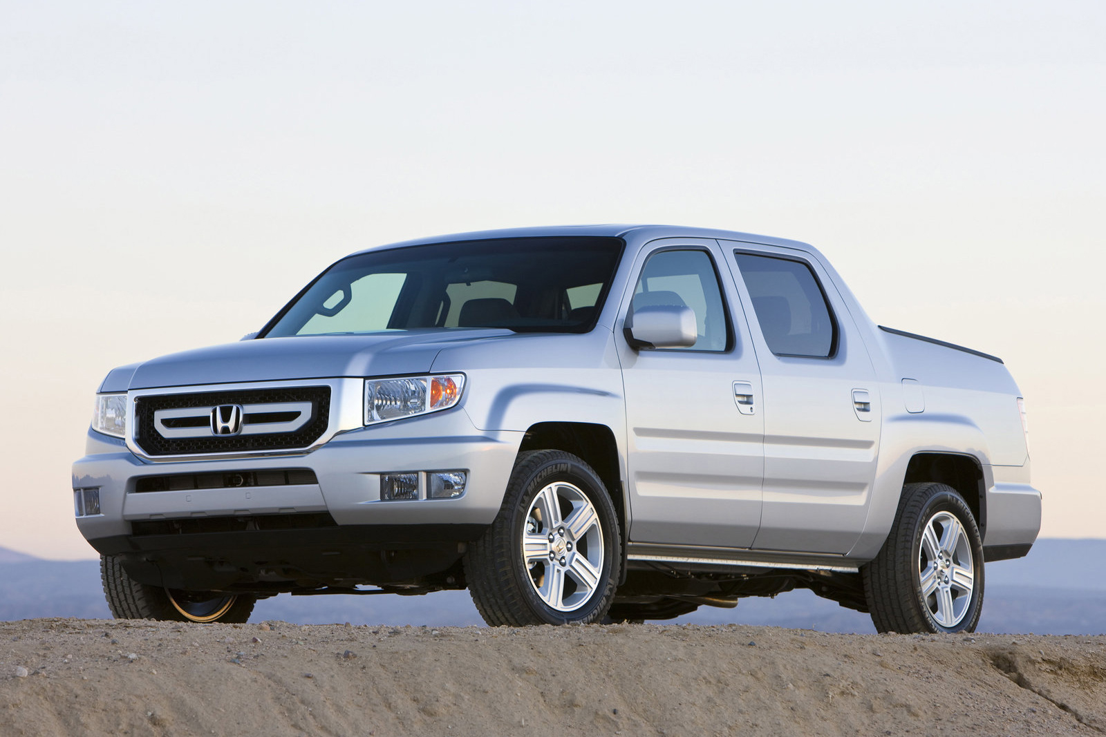 used honda ridgeline for sale by owner buy cheap honda pickup trucks. Black Bedroom Furniture Sets. Home Design Ideas