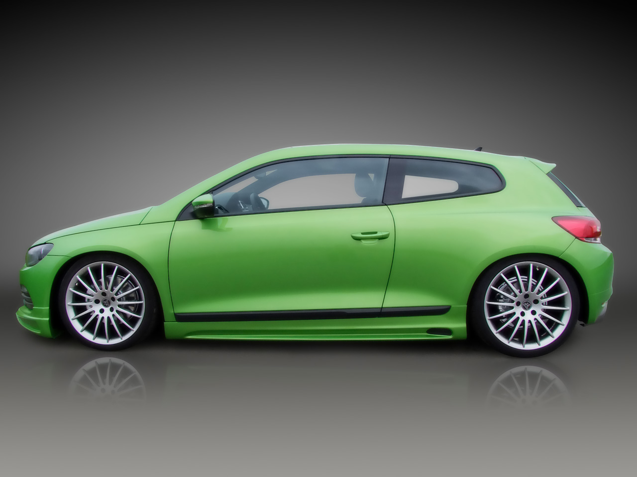 http://www.thesupercars.org/wp-content/uploads/2009/08/2010-JE-Design-Volkswagen-Scirocco1.jpg