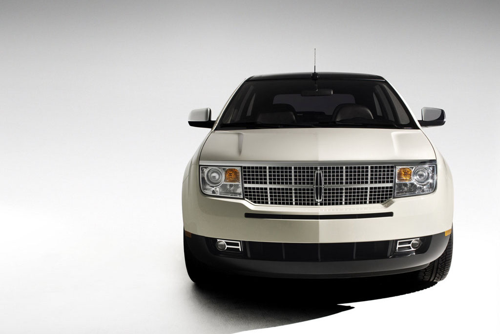 Cantor Gallery 2004 Lincoln Aviator Concept