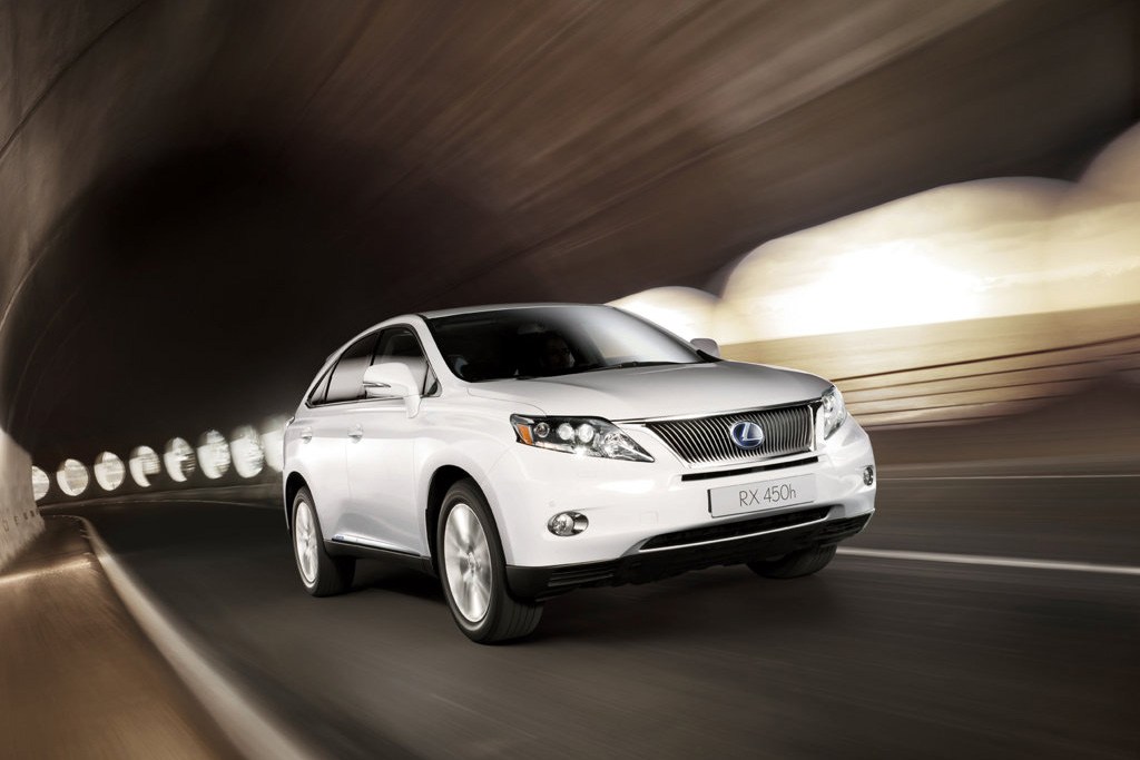 The Lexus RX hails from the luxury division of the elite car making company