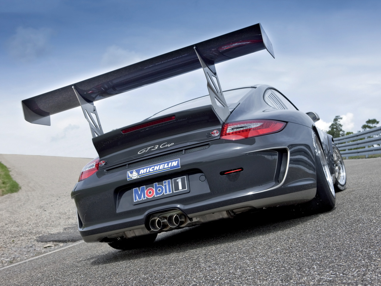 The 911 GT3 Cup comes with a