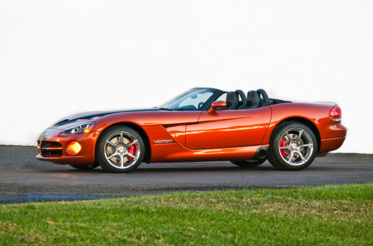 The 2010 Dodge Viper SRT10