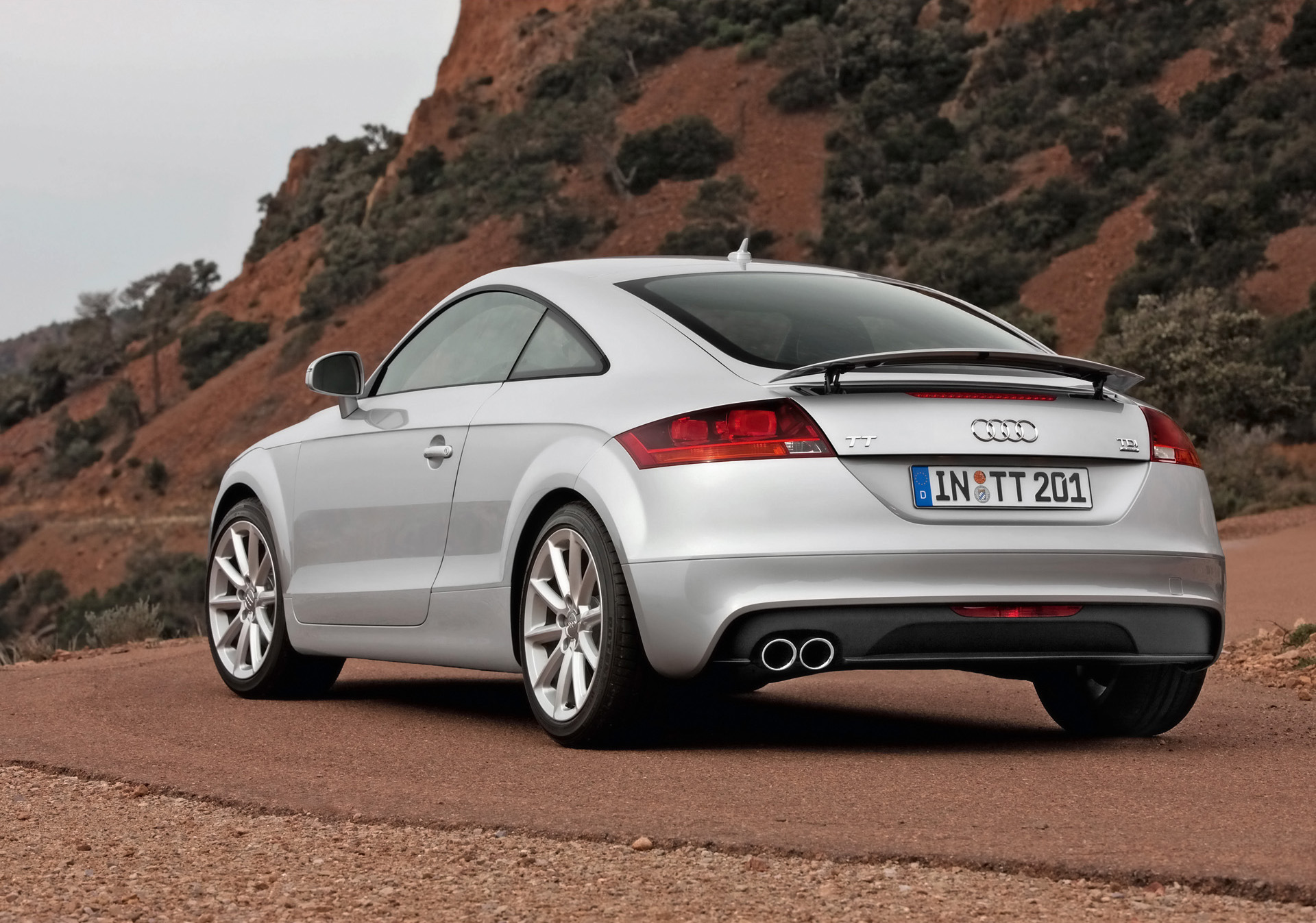 2011 audi tt coupe specs pictures engine review. Black Bedroom Furniture Sets. Home Design Ideas