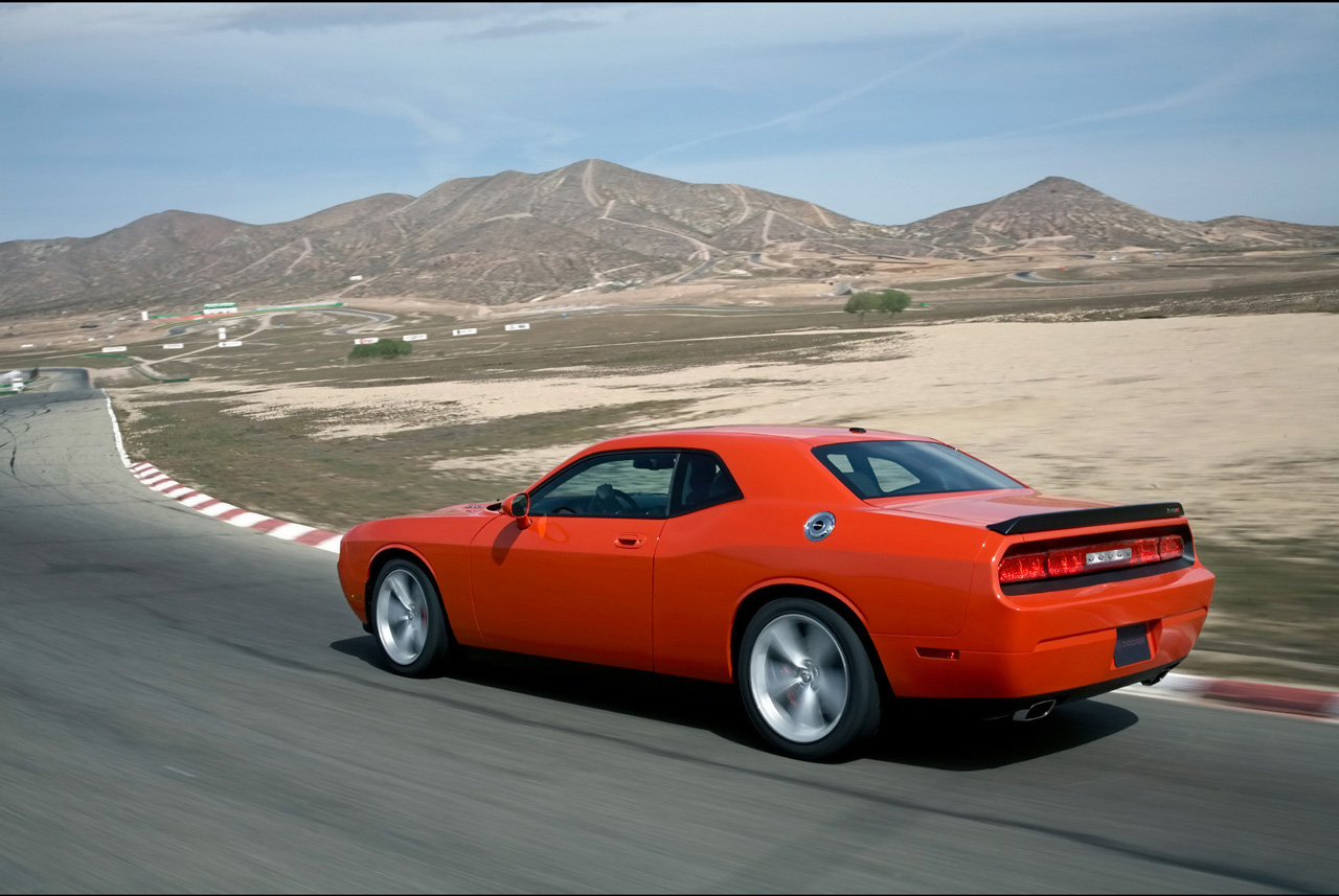 2010 dodge challenger - photo #13