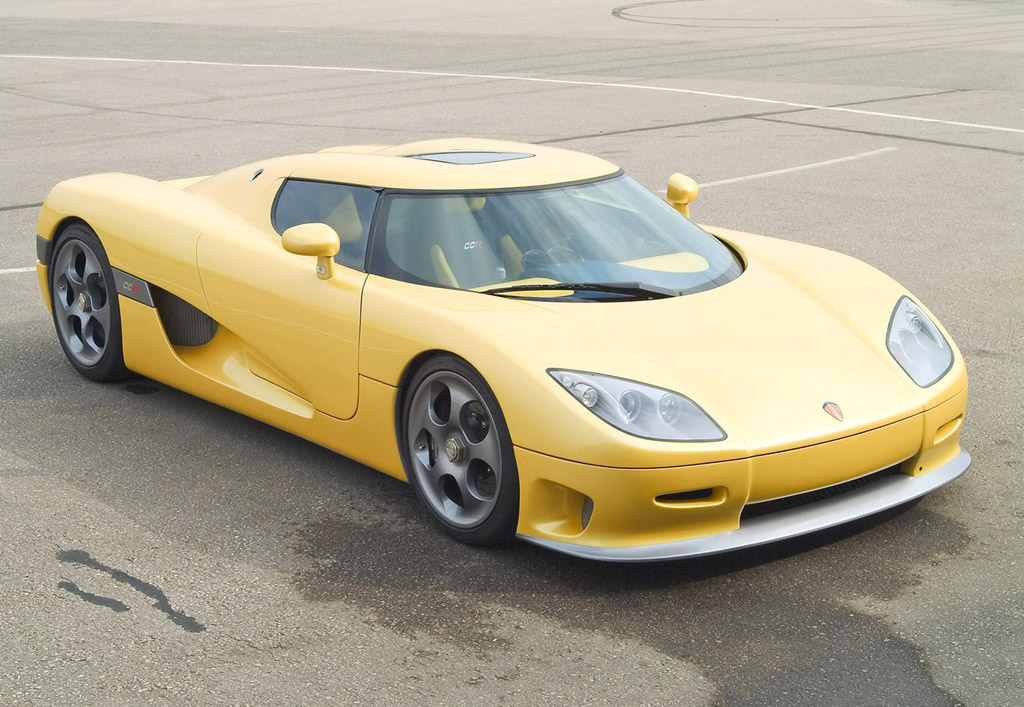 Most Exotic Cars & Car Makers In The World: Top 10 Hot