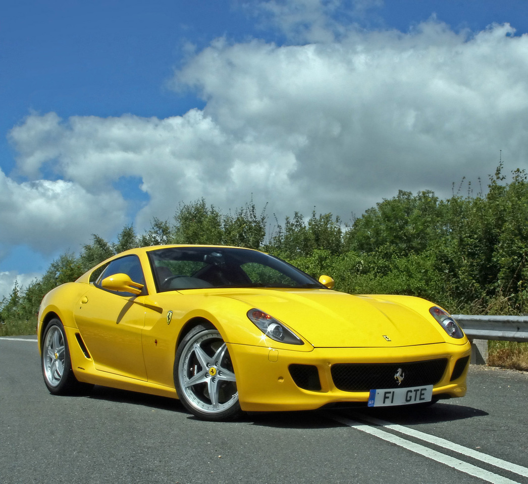 Yellow Ferrari Car Pictures & Images – Super Hot Yellow