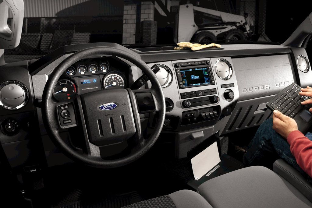 2011 Ford Super Duty Review Specs Pictures Price Amp Mpg