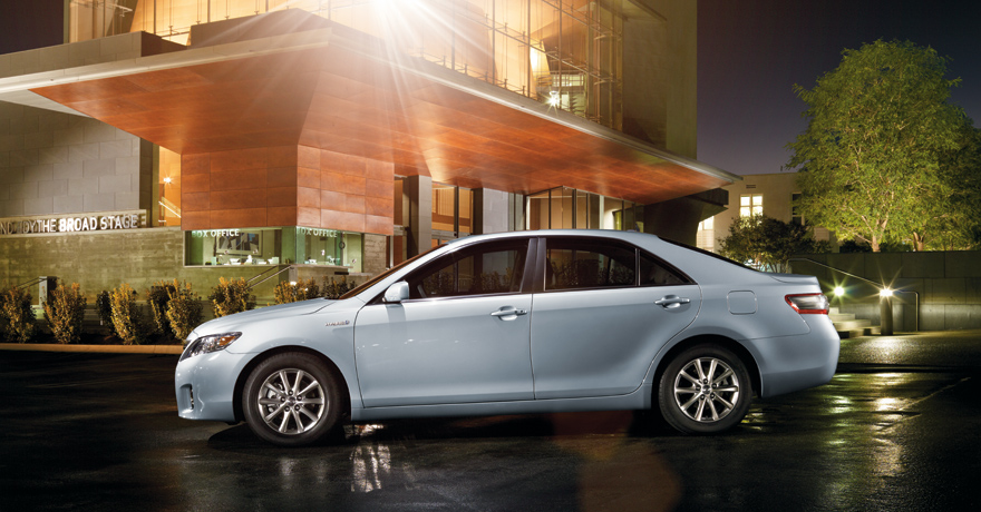 2011 toyota camry hybrid review specs pictures price mpg. Black Bedroom Furniture Sets. Home Design Ideas