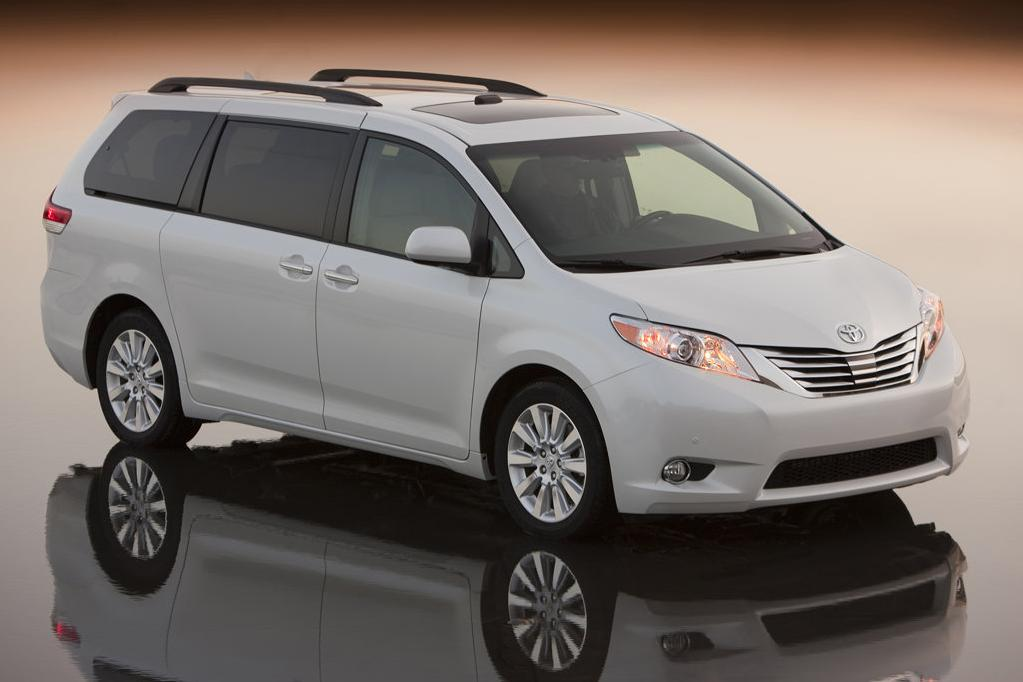 2011 toyota sienna review specs pictures price mpg. Black Bedroom Furniture Sets. Home Design Ideas