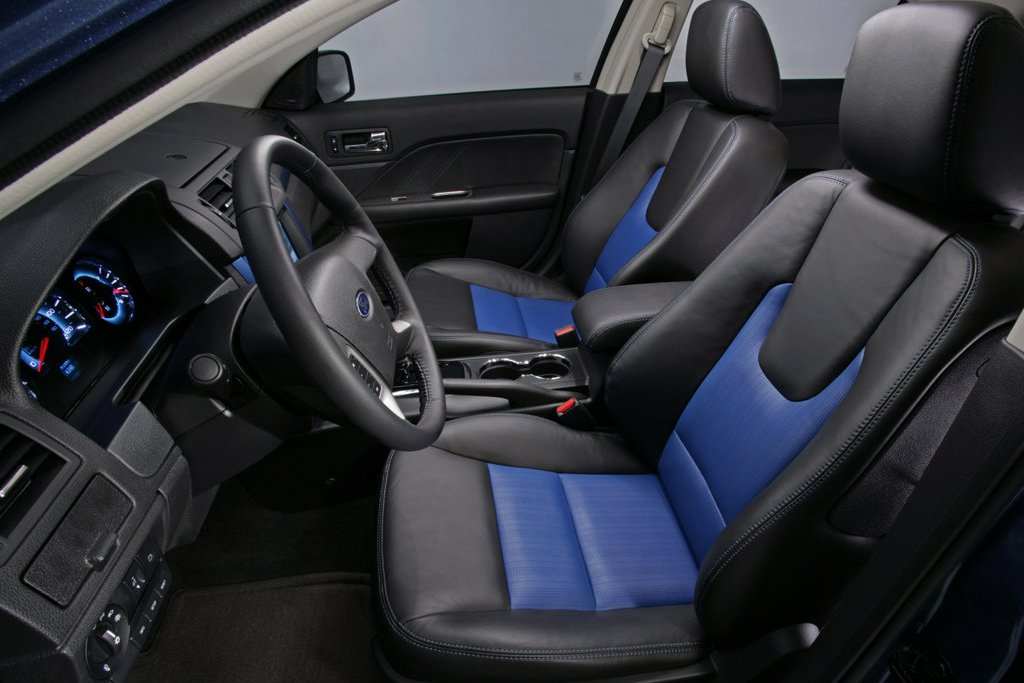 2011 ford fusion review specs pictures price mpg. Black Bedroom Furniture Sets. Home Design Ideas