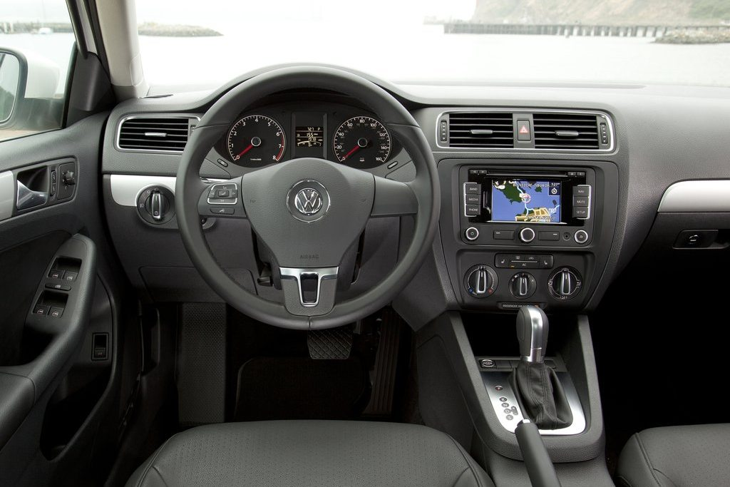 What Is Climate Control >> 2011 Volkswagen Jetta Review, Specs, Pictures, Price & MPG