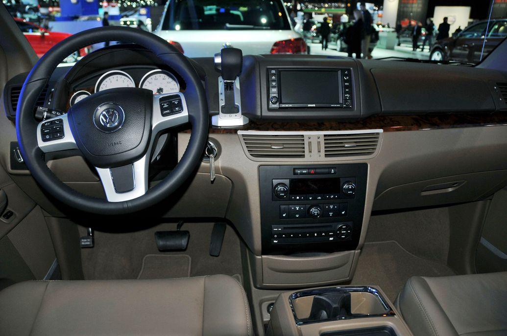 2011 VW Routan 4dr Wgn Interior Wheel Dashbaord - 2011 Volkswagen Routan S