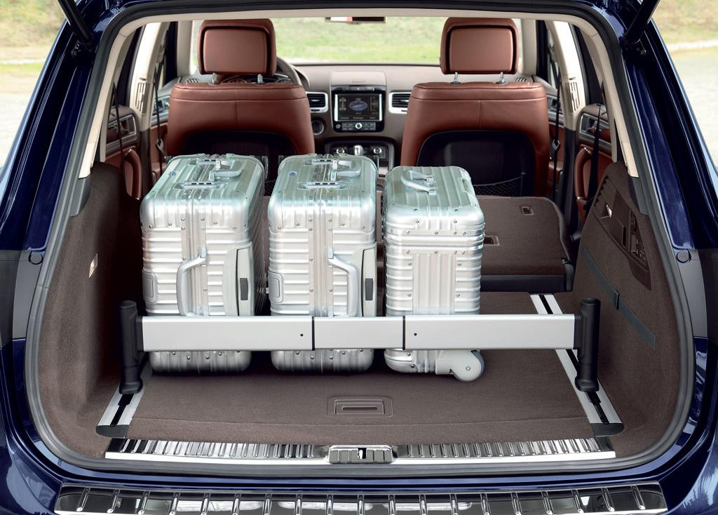 2011 Volkswagen Touareg Review, Specs, Pictures, Price & MPG