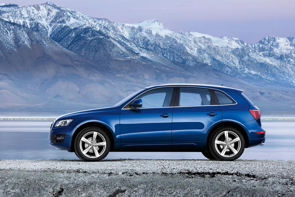 2011 audi q5 review specs pictures price mpg. Black Bedroom Furniture Sets. Home Design Ideas
