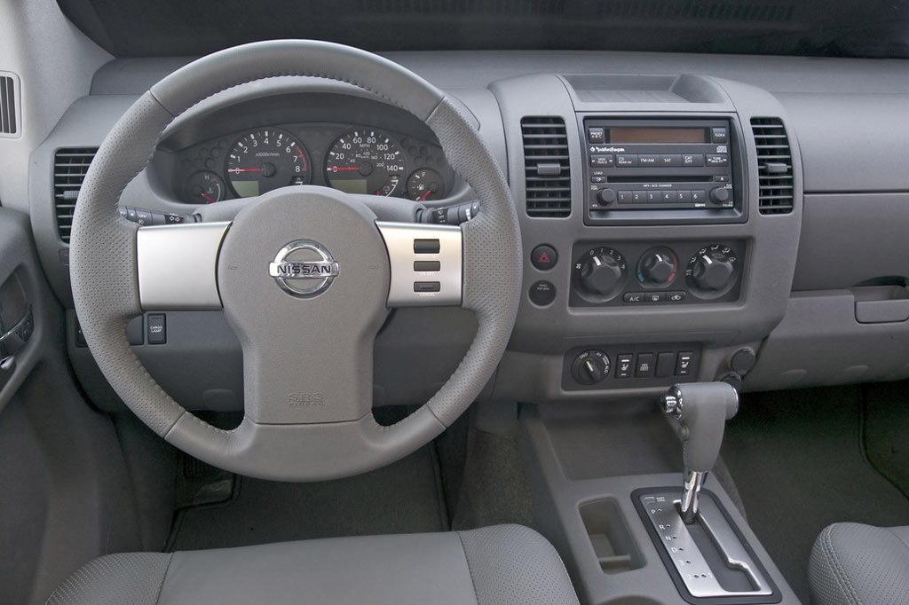 2011 Nissan Frontier Price Mpg Review Specs Amp Pictures