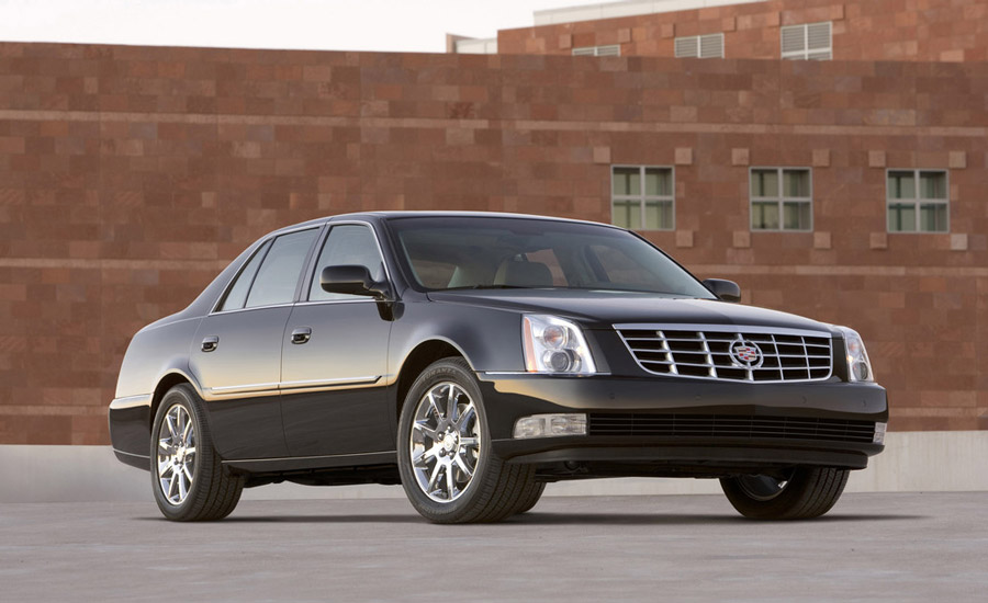 2011 cadillac dts price mpg review specs pictures. Black Bedroom Furniture Sets. Home Design Ideas