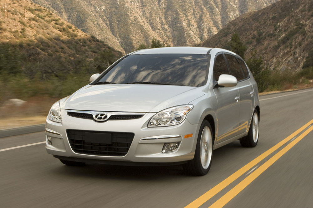 2011 Hyundai Elantra Touring Price Mpg Review Specs