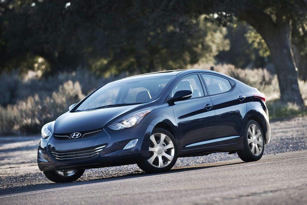 Hyundai Accent 2012mpg >> 2012 Hyundai Elantra Price Mpg Review Specs Pictures