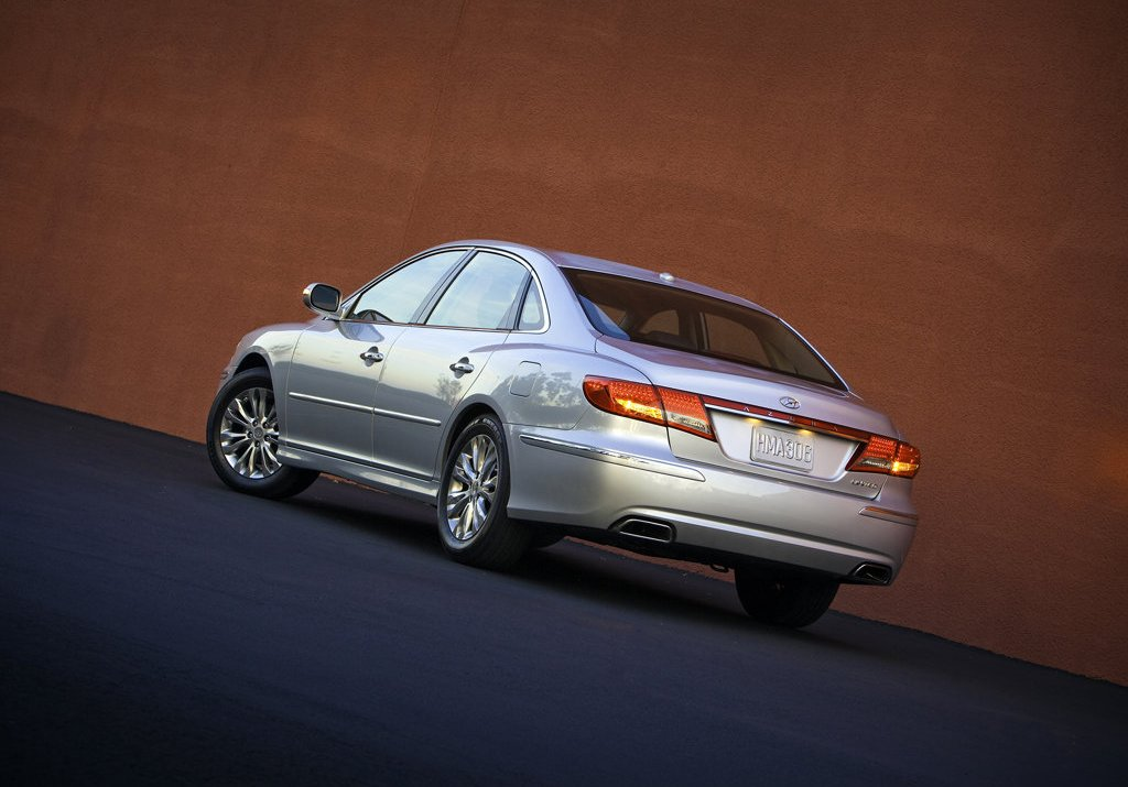 2011 Hyundai Azera Price Mpg Review Specs Amp Pictures