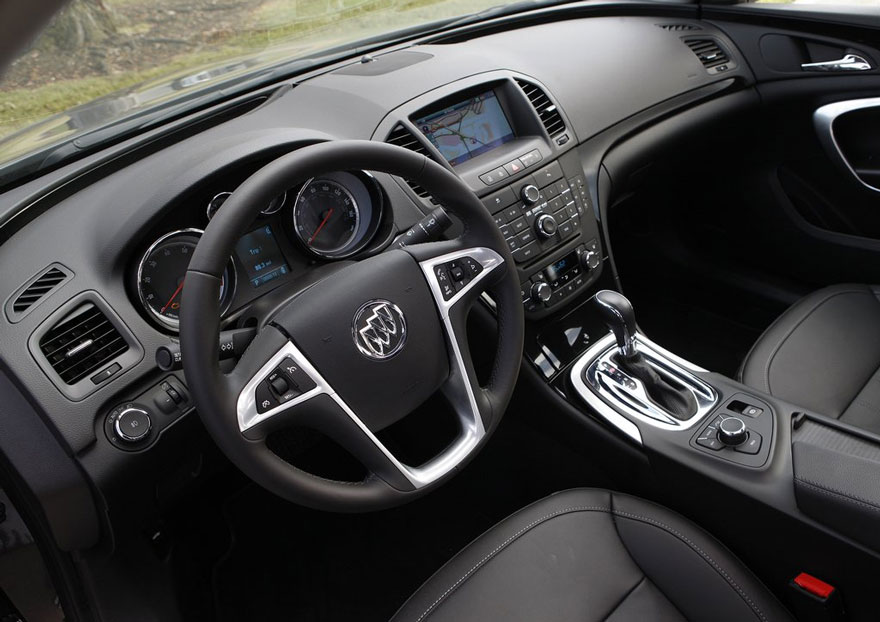 2011 buick regal review specs pictures price mpg. Black Bedroom Furniture Sets. Home Design Ideas