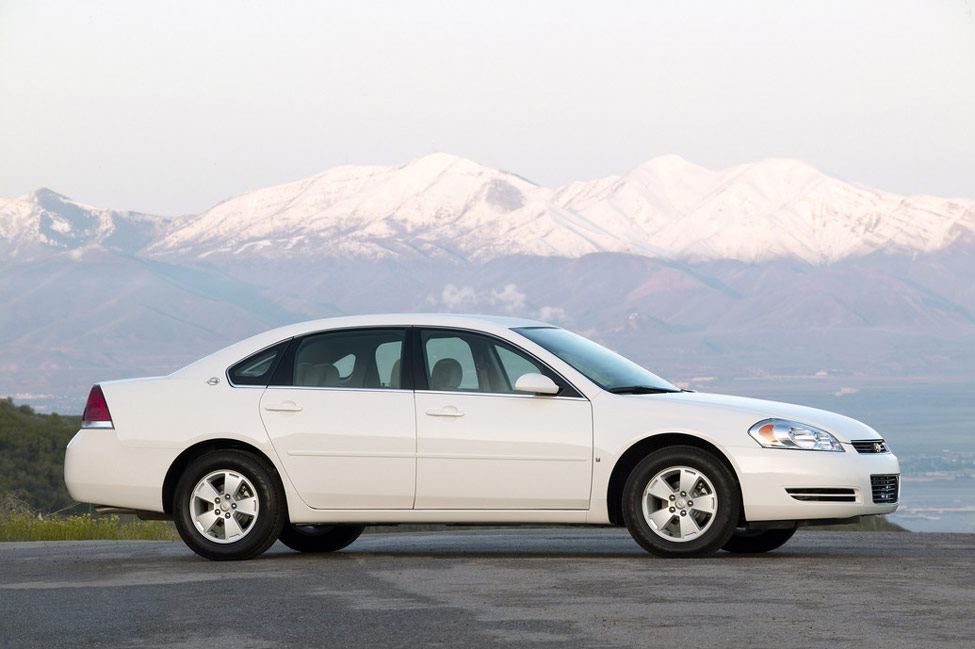 2011 chevrolet impala review specs pictures price mpg. Black Bedroom Furniture Sets. Home Design Ideas