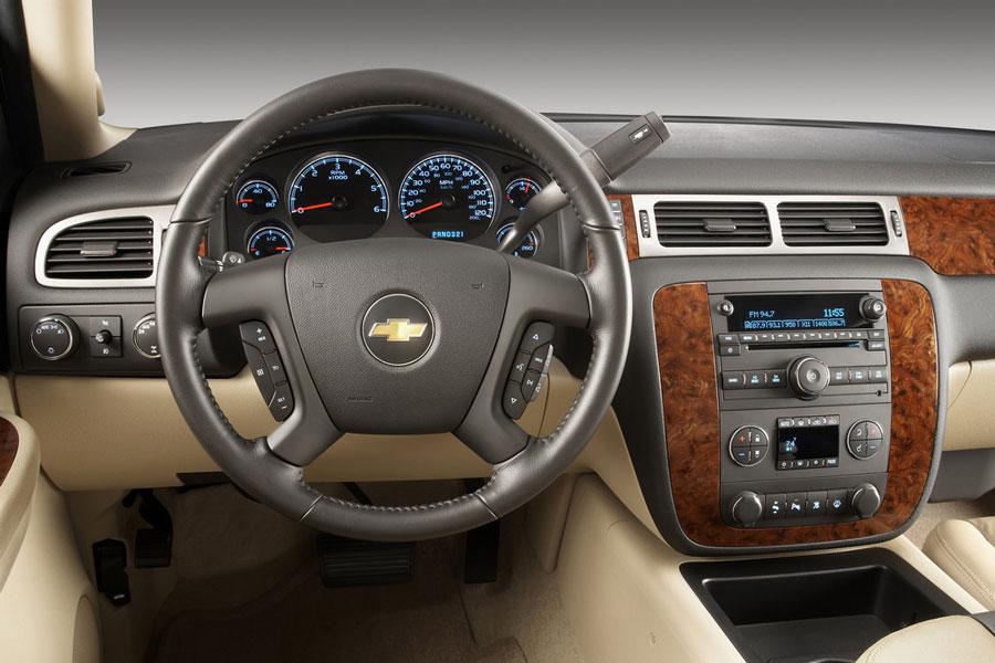 2011 Chevrolet Silverado 1500 Review, Specs, Pictures ...