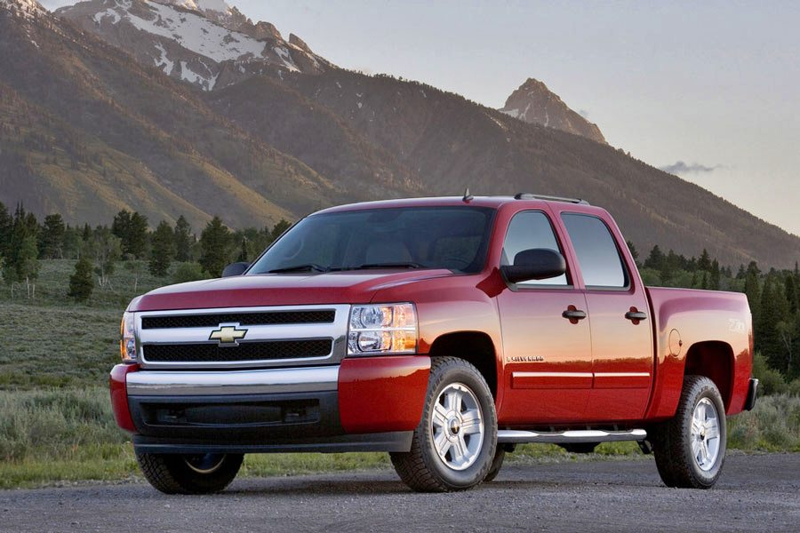 2011 chevrolet silverado 1500 review specs pictures price mpg. Black Bedroom Furniture Sets. Home Design Ideas