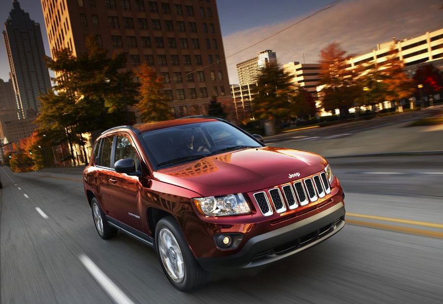 Jeep Towing Capacity >> 2012 Jeep Compass Review, Specs, Pictures, Price & MPG