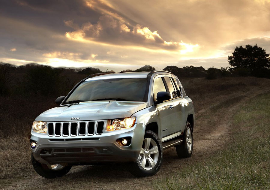 2012 Jeep Compass Review, Specs, Pictures, Price & MPG