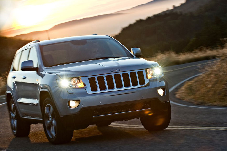 2011 jeep grand cherokee review specs pictures price mpg. Cars Review. Best American Auto & Cars Review