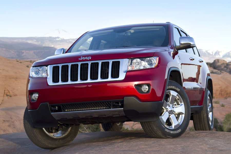 2011 jeep grand cherokee review specs pictures price mpg. Black Bedroom Furniture Sets. Home Design Ideas