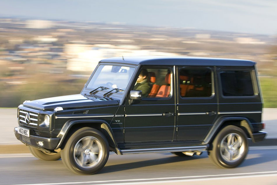 2011 mercedes benz g class review specs pictures mpg for Mercedes benz g500 price