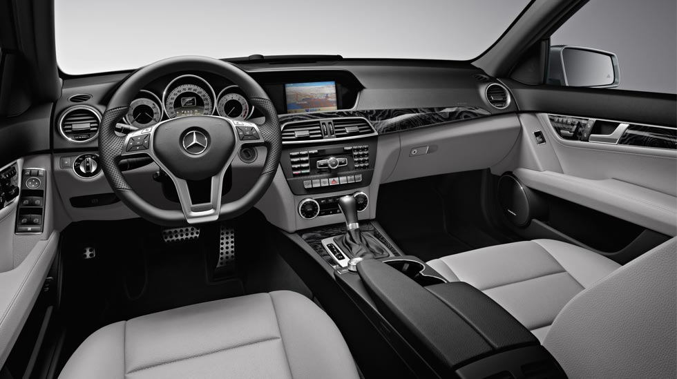 2011 Mercedes Benz C Class C300 Review Pictures Mpg Amp Price