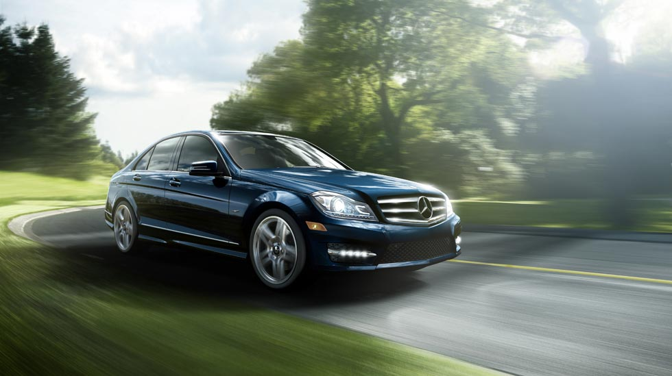 2011 mercedes benz c class c300 review pictures mpg price for Mercedes benz c300 horsepower