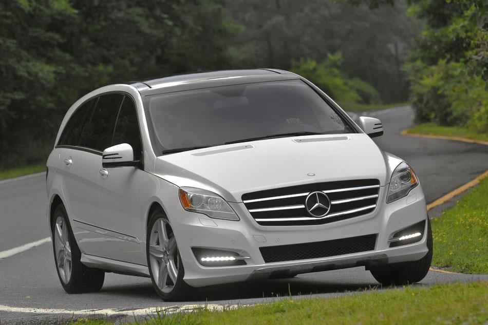 2011 mercedes benz r class review specs pictures mpg for Mercedes benz r class price