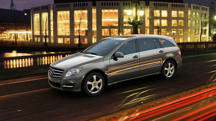 2011 mercedes benz r class review specs pictures mpg for Mercedes benz r350 price